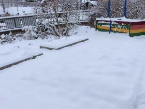 strohballen im Winter